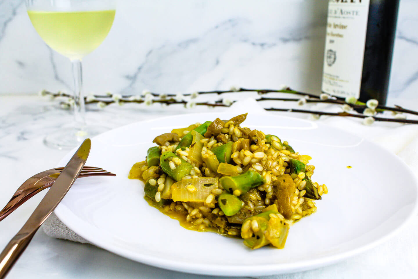 Sustainable and Plant-based Lifestyle influencer shares her delicious Truffle Asparagus Mushroom Risotto recipe!