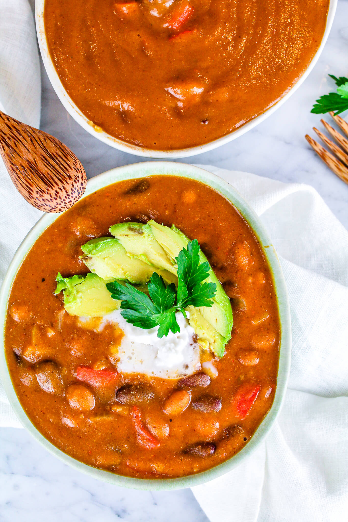Sustainable and Plant-based Lifestyle influencer shares her delicious Simple Chili recipe!